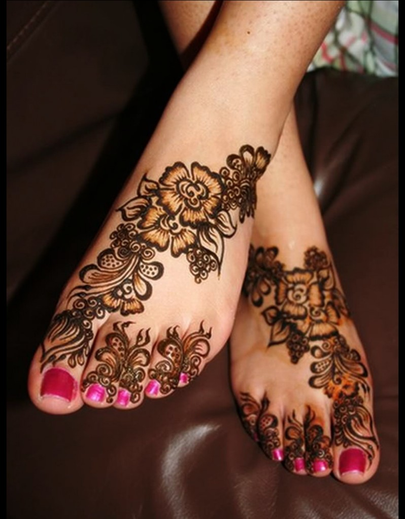 Beautiful Floral Mehndi Design 2012  ShePlanet