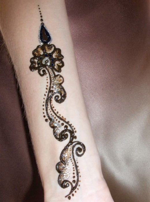 30 most stylish arms mehndi designs for special events for Henna tattoo arm designs