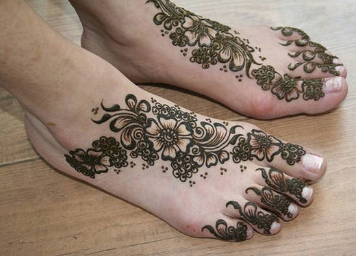 Indian Henna Design for Feet