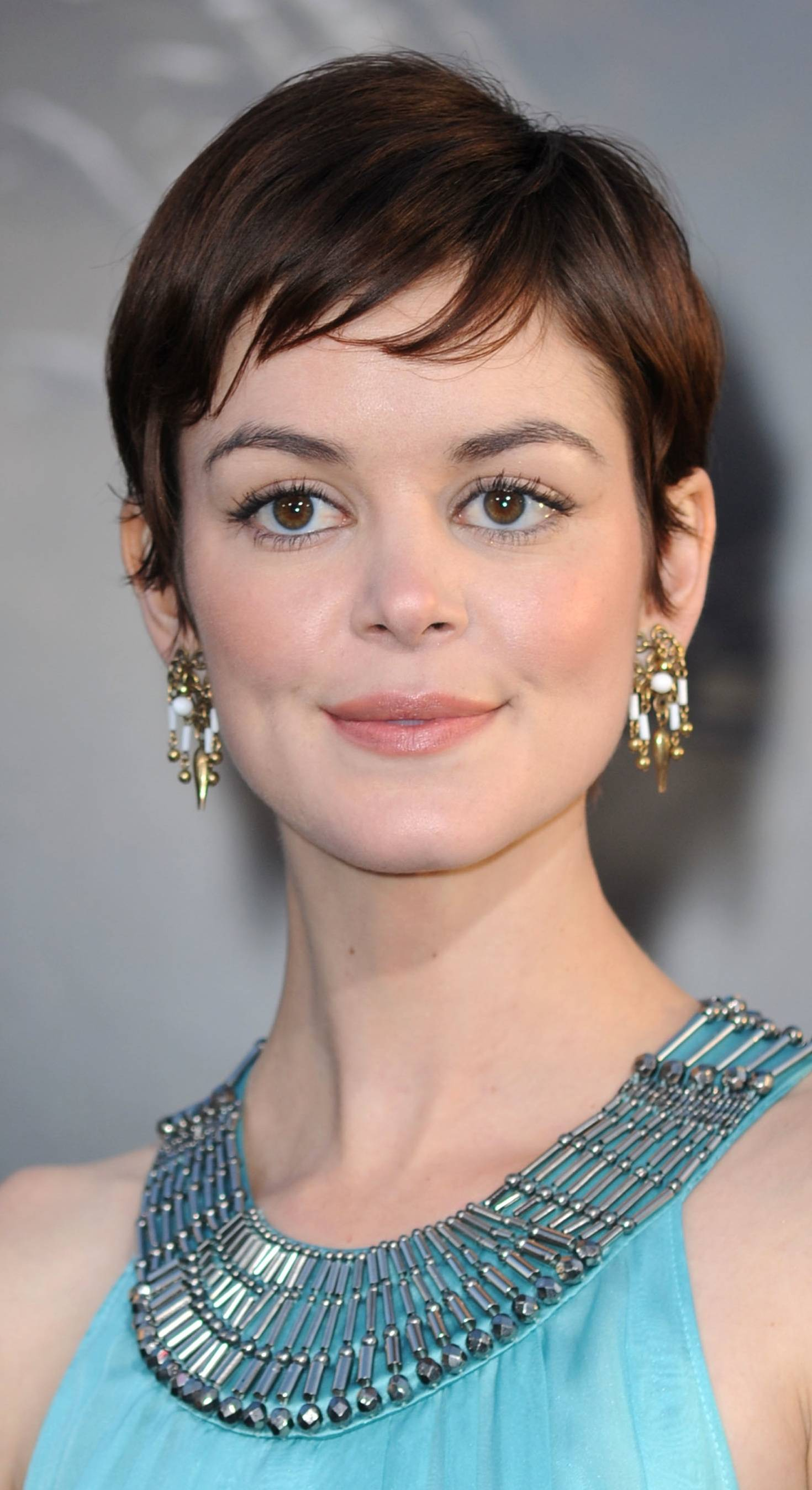 Brown Short Pixie Haircut With Side Bangs Sheplanet