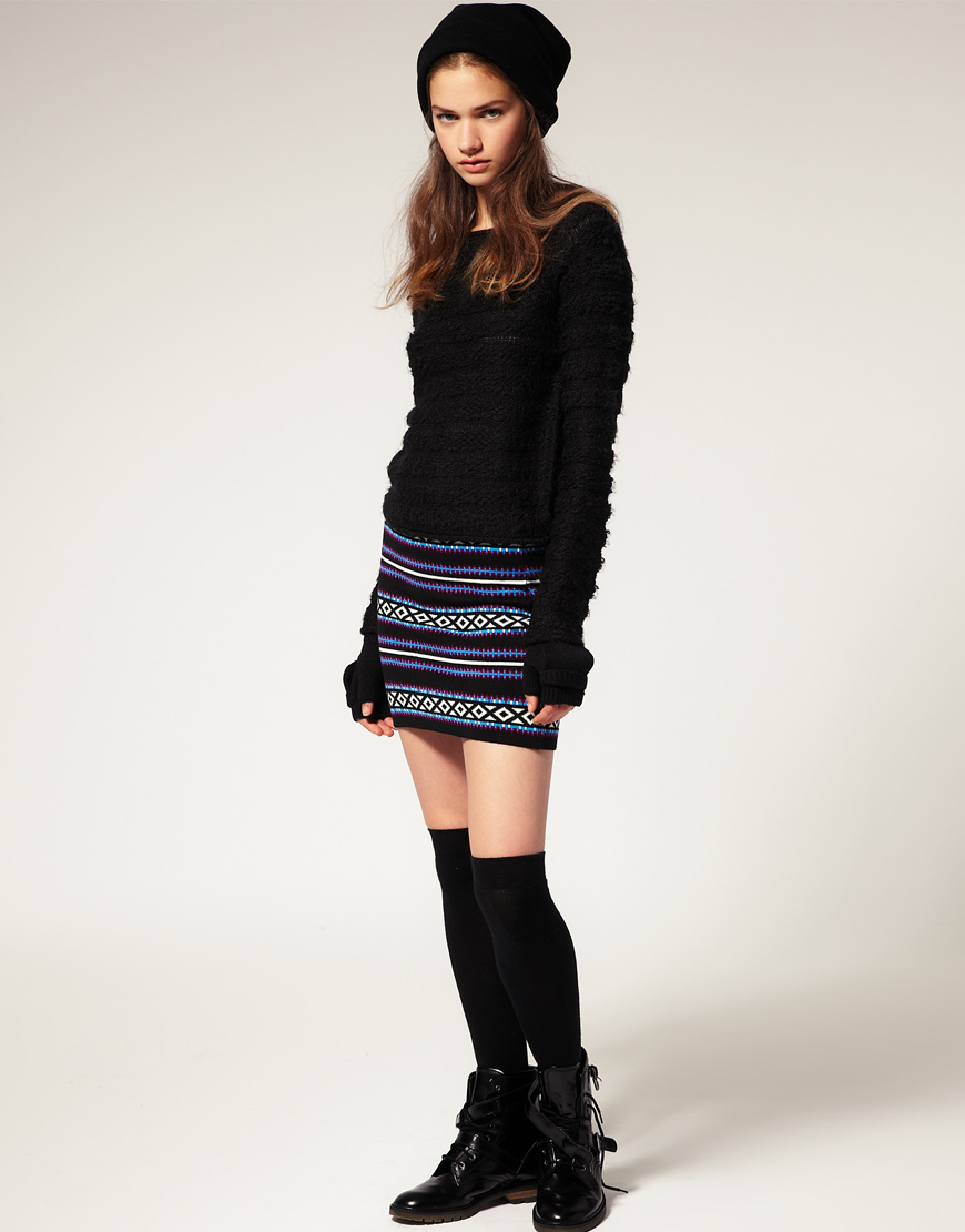 25 Massive Collection of Mini Skirts Designs for Girls ...
