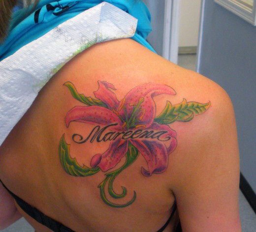 Flower Shoulder Tattoo: 45+ Back Shoulder Tattoos: Stuff You Need To Know