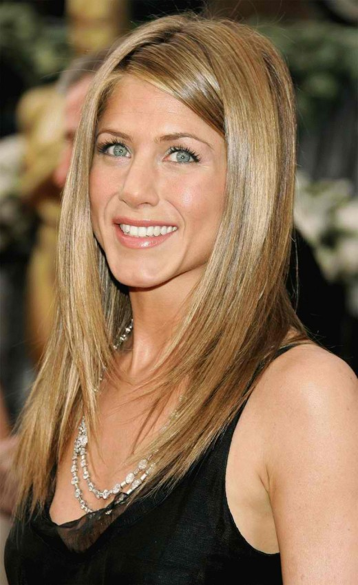 15 Latest Trendy Long Straight Hairstyles for 2012 - ShePlanet