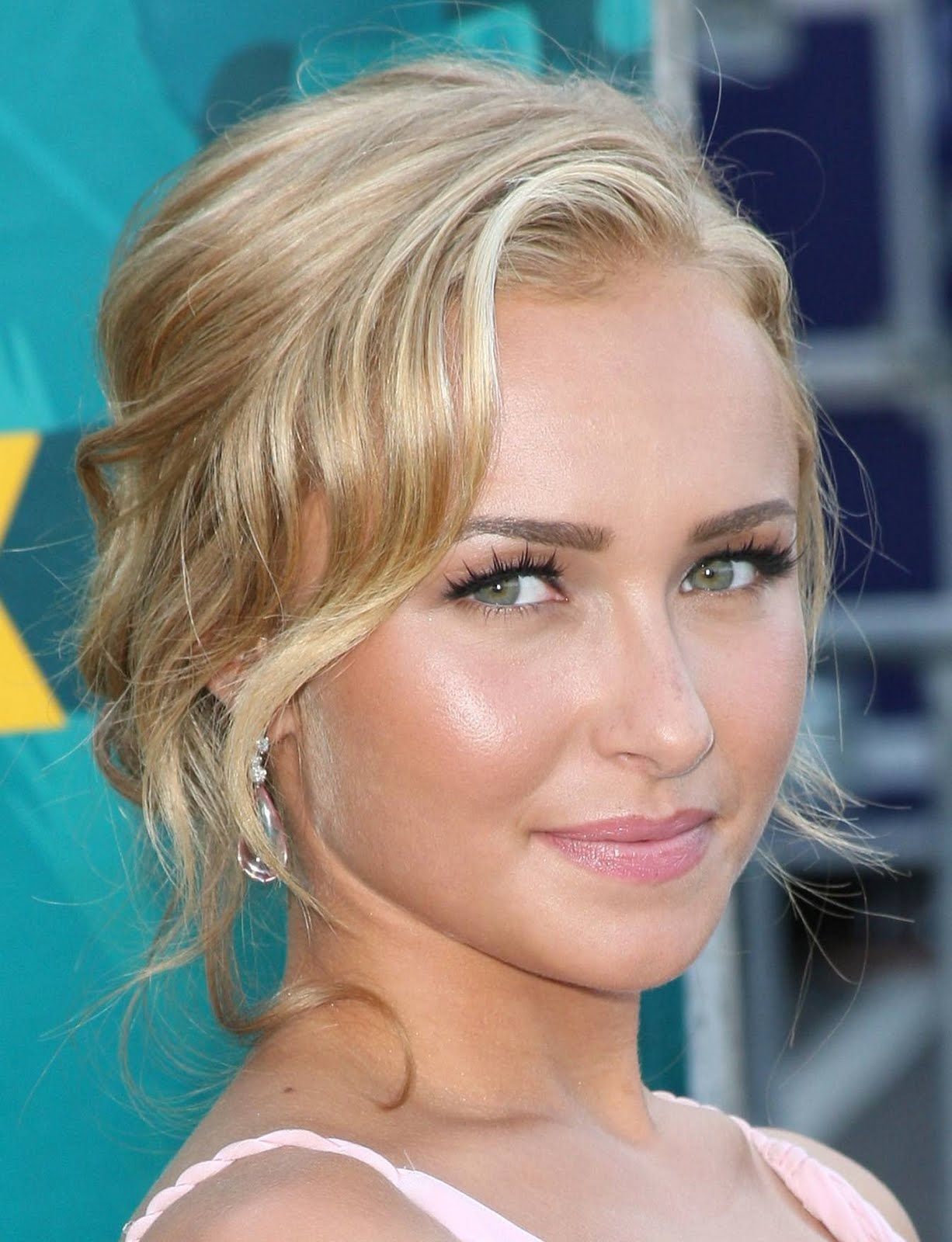 The 18 Best Blonde Hairstyles in Hollywood - Cosmopolitan
