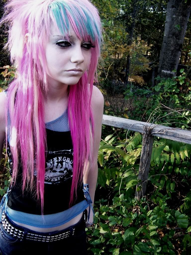 Modern Cool Emo Hairstyles For Girls 2012 Sheplanet