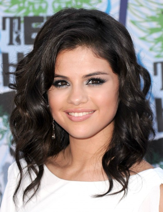 The Best Hairstyles For Round Faces Of 2012 Sheplanet