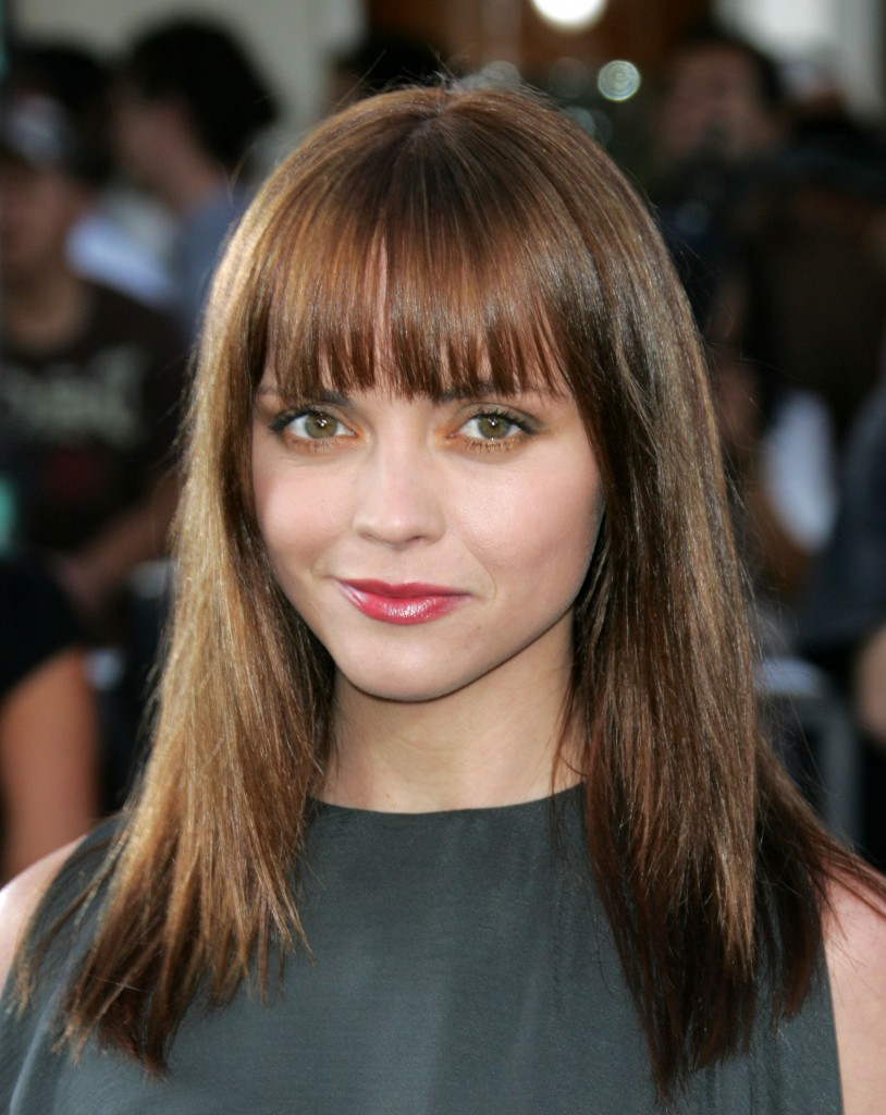 Straight Hairstyles with Bangs for Round Face | ShePlanet