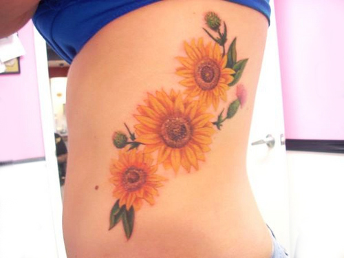 25  Three Sunflower Tattoo for Teens RibRealistic Sunflower Tattoo On Shoulder