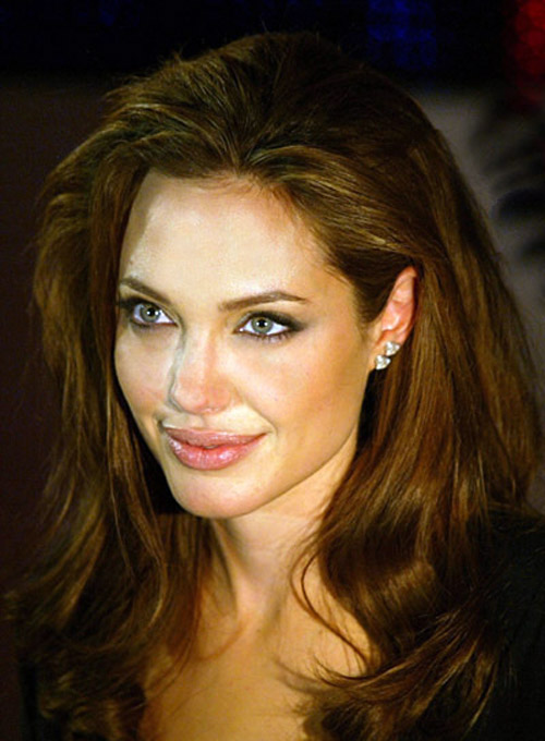 Angelina jolie short layerd hairs sheplanet jun 08 2005 mexico city mexico angelina jolie at the premiere of mr and mrs smith held at the cinemexsante fe in mexico city urmus Image collections