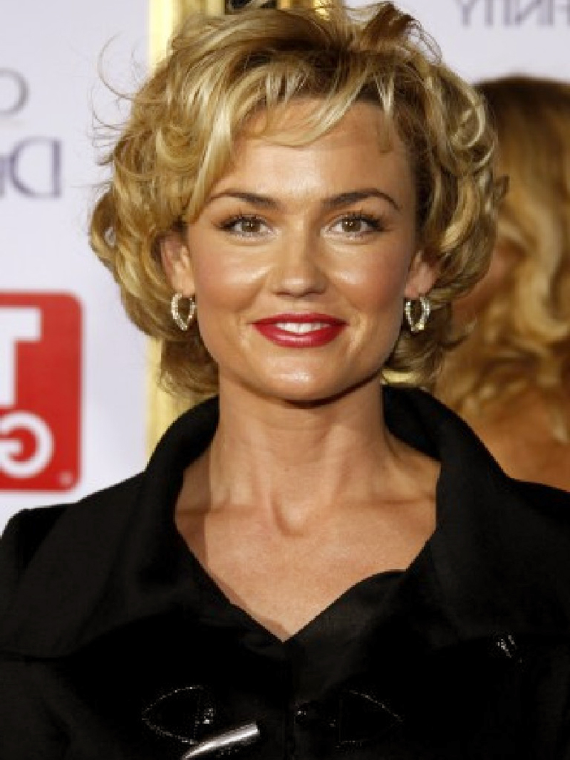 20 Most Attractive Short Curly Hairstyles For 2012