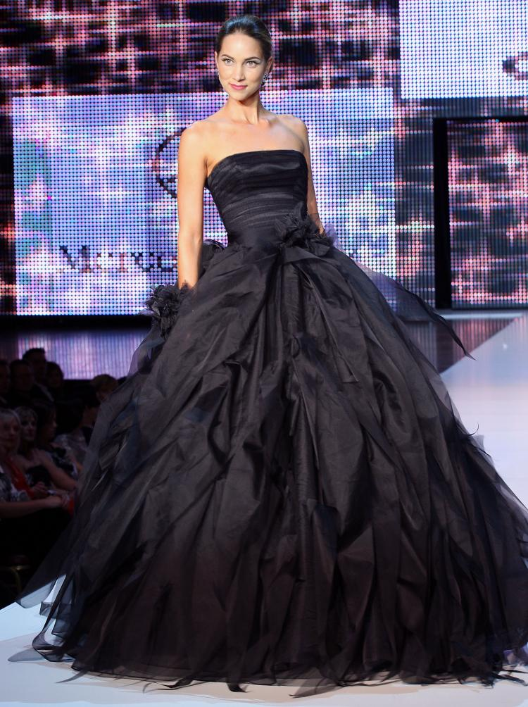 Black wedding dress pictures, sexvideo thumbnail