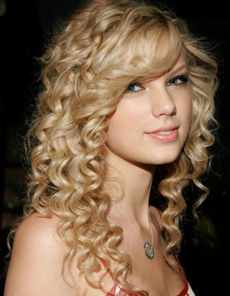 Celebrity Curly Hairstyles For Girls 2012 Sheplanet