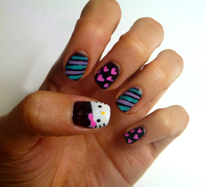 25 Electrifying Hello Kitty Nail Art Designs - ShePlanet
