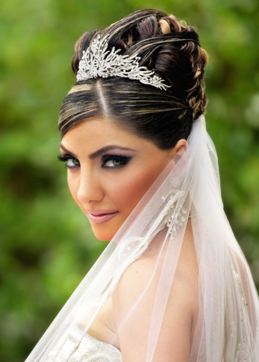 Elegant Seasonal Wedding Haircut for Brides