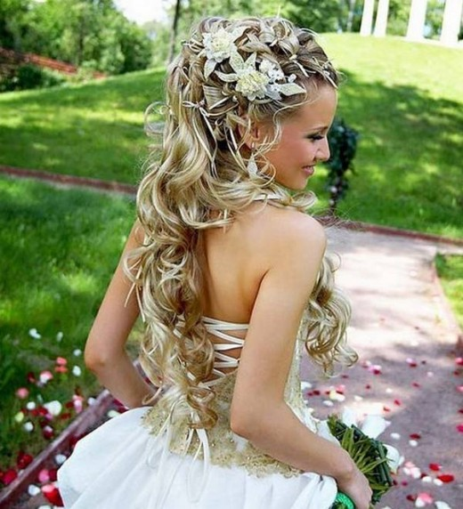 Great Long Bridal Hairstyle With Accessories